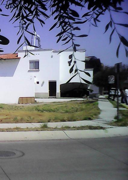 Foto Terreno en Venta en  El Mayorazgo,  León  El Mayorazgo Terreno en esquina en Venta