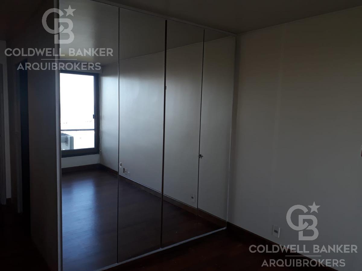 Foto Apartamento en Alquiler en  Puerto Buceo ,  Montevideo  Apartamento de 3 dormitorios en alquiler en Rambla Puerto del Buceo