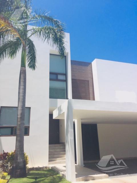 Foto Casa en Venta en  Cancún ,  Quintana Roo  Casa en venta en Villa magna Cancun