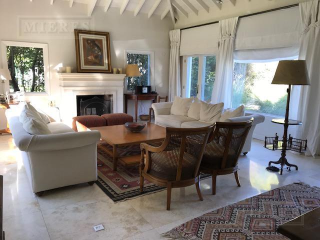 Casa de 360 mts en  Olivos Golf Club