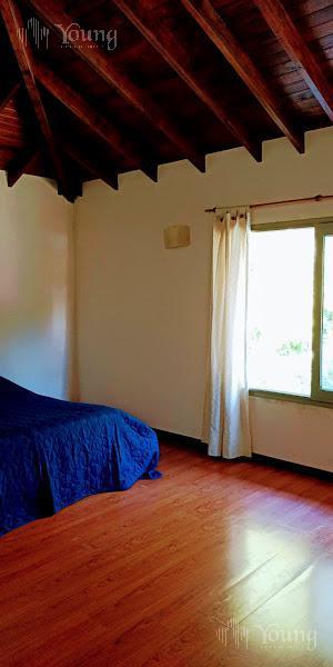 Foto Casa en Venta en  El Carmencito,  Countries/B.Cerrado (Berazategui)  Calle 131 A N° 6241