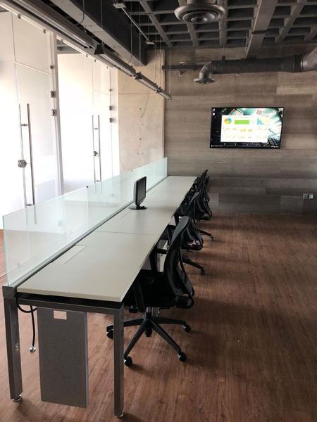 Foto Oficina en Renta en  Fraccionamiento El Campanario,  Querétaro  Modernas Oficinas en Renta Plaza el Campanario