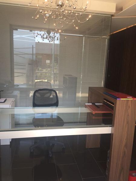 Foto Oficina en Renta en  Fraccionamiento El Campanario,  Querétaro  Oficina en renta Plaza 99 El Campanario, Querétaro