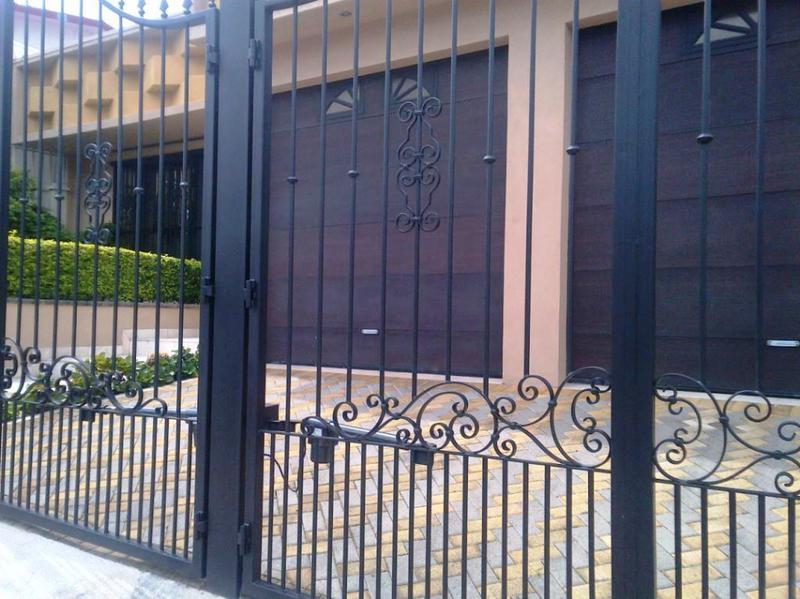 Foto Casa en Venta en  Pavas,  San José  RESIDENCIA EN ROHRMOSER CERCA DE LA EMBAJADA AMERICANA, CONSTRUIDA EN UNA PLANTA-RECIBO A CUENTA, ETC.!!