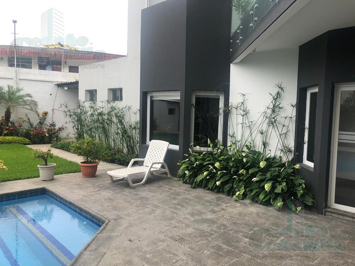 Foto Casa en Venta en  Samborondón ,  Guayas  VENTA DE CASA EN PUNTILLA BIFAMILIAR