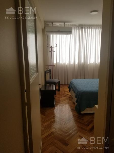 Foto Departamento en Alquiler en  Tribunales,  Centro (Capital Federal)  Uruguay al 400