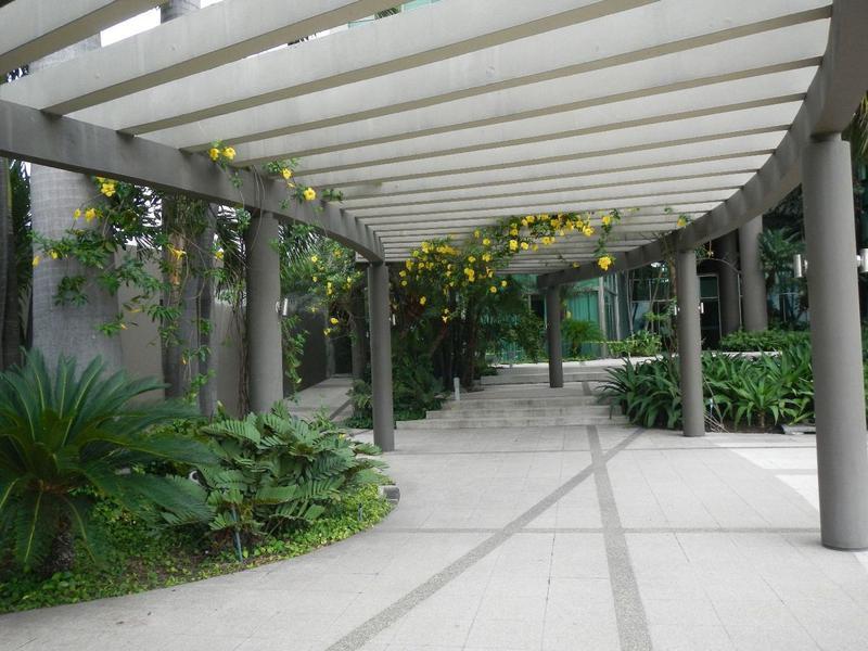 Foto Departamento en Venta en  Samborondón,  Guayaquil  VENTA DEPARTAMENTO PLANTA BAJA VIA SAMBORONDON