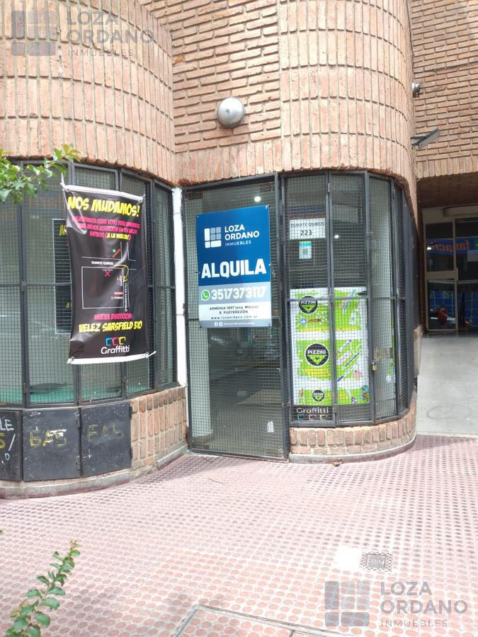 Foto Local en Alquiler en  Centro,  Cordoba Capital  Duarte  quiros 223