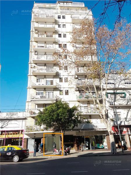 Foto Local en Alquiler en  Balvanera ,  Capital Federal  Av. Belgrano al 2300