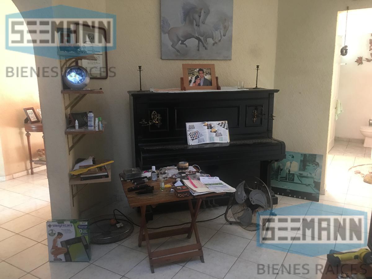 Foto Casa en Venta en  Fraccionamiento Costa de Oro,  Boca del Río  Calle Cherna # 409, entre  Av. Salmón y Boulevard del Mar, Fracc. Costa de Oro, Boca del Río, Ver