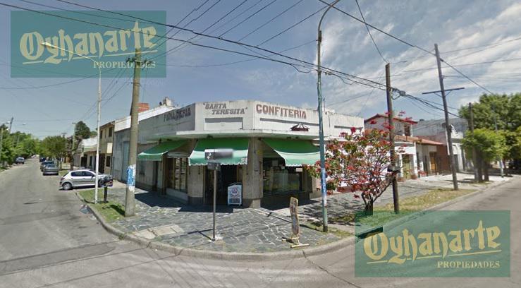 Foto Local en Venta en  Moron ,  G.B.A. Zona Oeste  Yerbal esquina Concordia