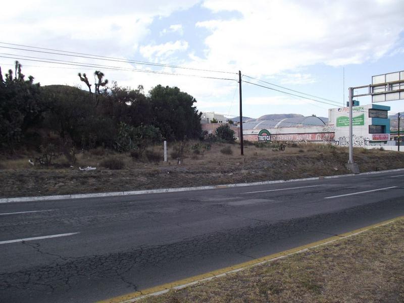 Foto Terreno en Venta en  Unidad habitacional C.T.M.,  Mineral de la Reforma  Unidad habitacional C.T.M.