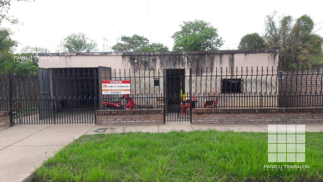 Foto Casa en Venta en   Sarmiento,  Presidencia Roque Saenz Peña  30  e/ 1 y 3