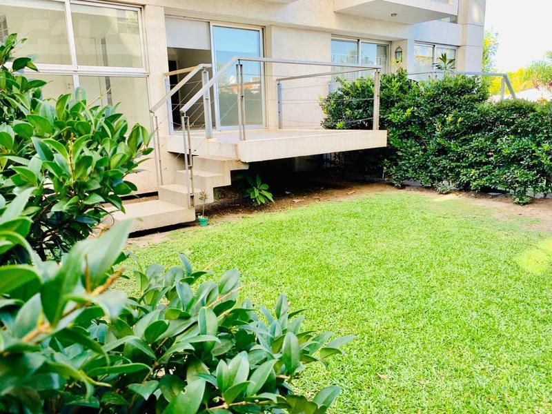 Foto Departamento en Venta en  Ituzaingó,  Ituzaingó  Durban 1er piso primer piso con jardín y terraza