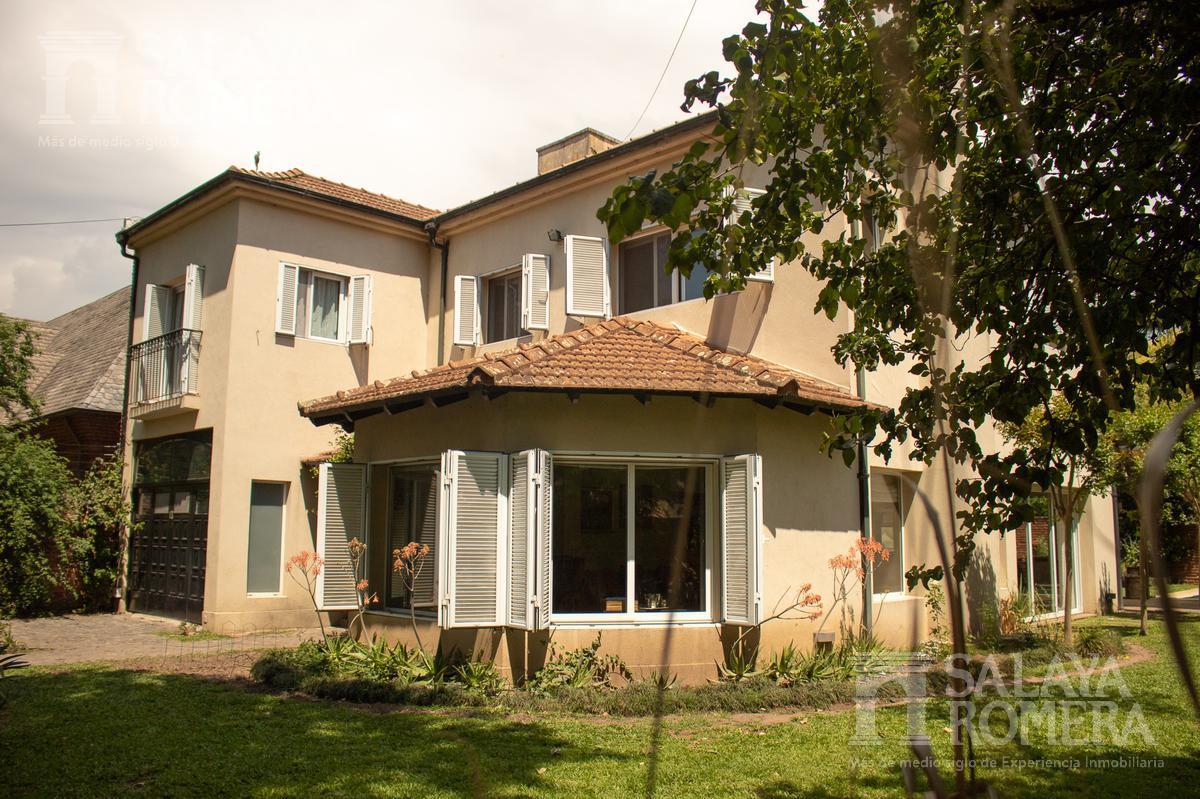 Foto Casa en Venta en  Acassuso,  San Isidro  Pedro Goyena al 800