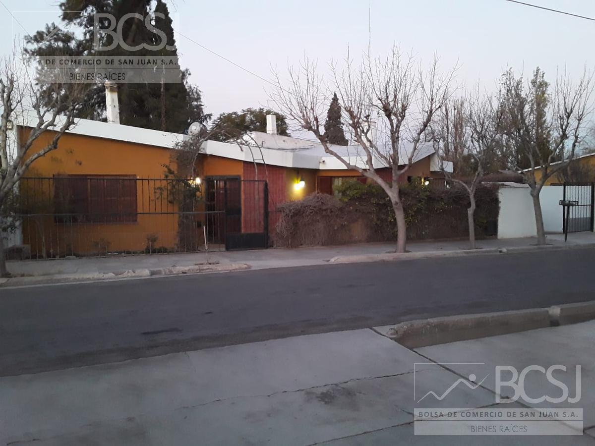 Foto Casa en Venta en  Rawson ,  San Juan  Bº Residencial Rawson - Calle Salta