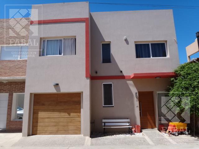 Foto Casa en Venta en  Confluencia Urbana,  Capital  Figueroa 2262 - Complejo Cerrado Los Robles