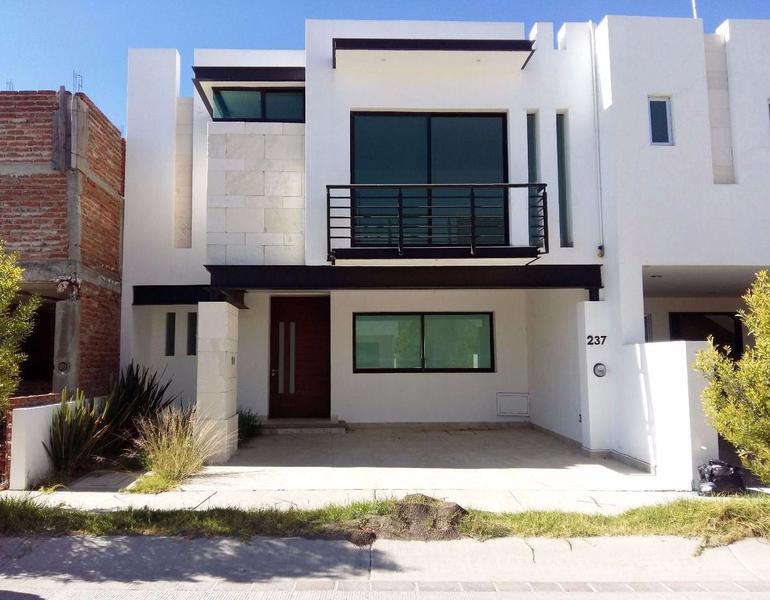 Bonita casa en renta Fraccionamiento El Mayorazgo León Gto.
