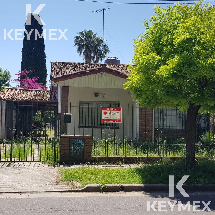 Foto Casa en Venta en  City Bell,  La Plata  Casa 20 entre 476 y 477