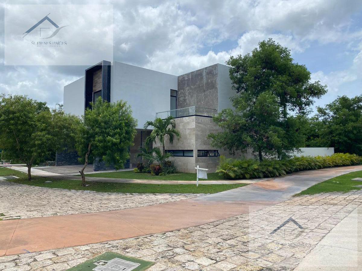 Foto Casa en Venta en  Mérida ,  Yucatán   Estrena Casa en venta Privada Kutz  en Yucatn Country Club