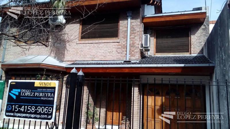 Foto Casa en Venta en  Carapachay,  Vicente Lopez  INDEPENDENCIA 2600