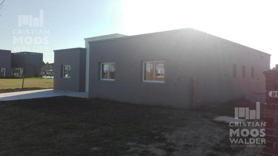 Foto Casa en Venta en  El Canton - Norte,  Countries/B.Cerrado   El Canton Norte al 800