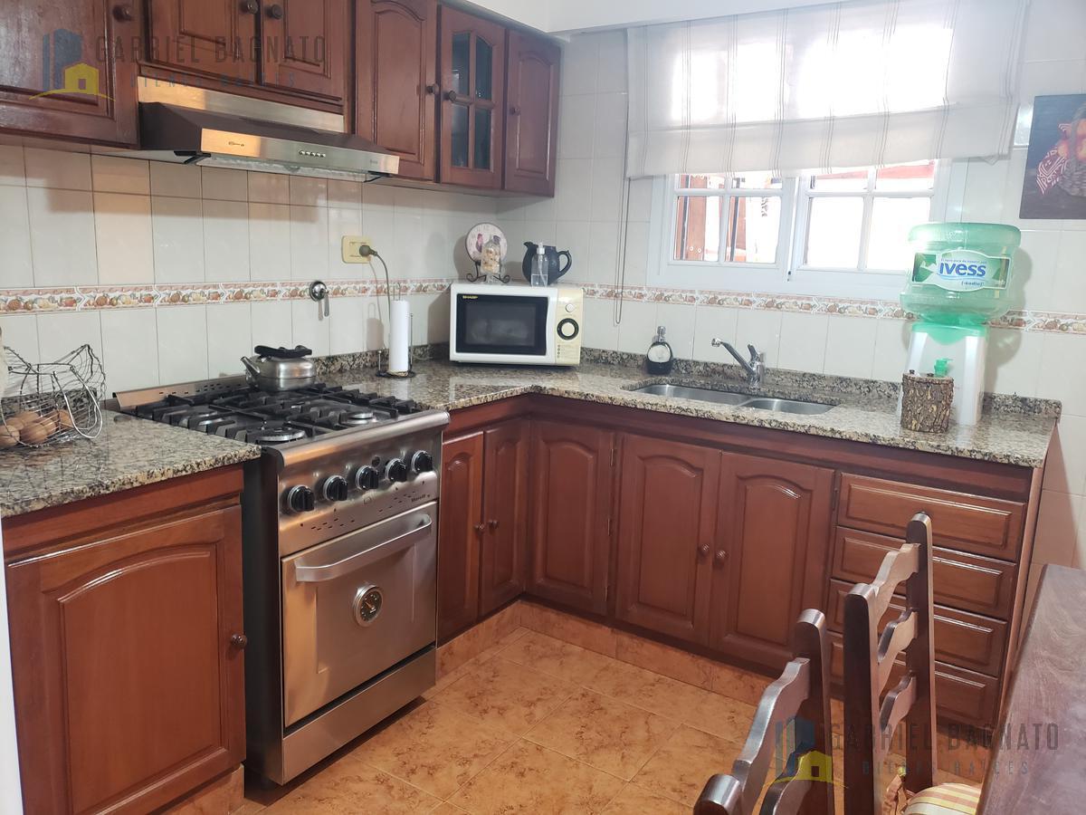 Foto Casa en Venta en  Quilmes,  Quilmes  Echeverría 294