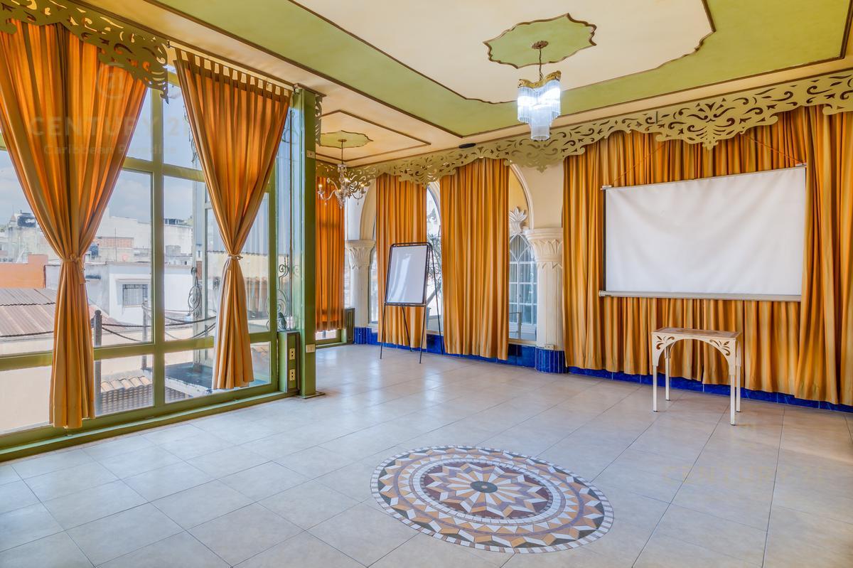Rafael Lucio Hotel for Venta scene image 12