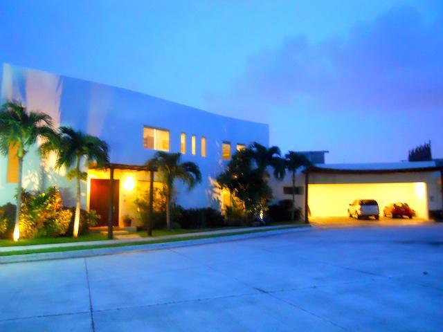 Quintana Roo PH for Venta scene image 12
