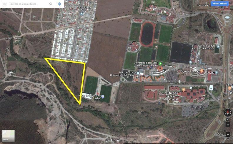 Foto Terreno en Venta en  Pueblo Santiago Tlapacoya,  Pachuca  Terreno en Tilcuautla colindante con Universidad del Futbol