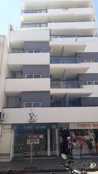 Foto Local en Alquiler en  Centro,  Cordoba  Independencia 245 Local 02