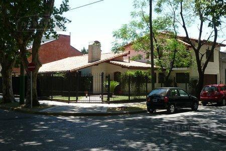 Foto Casa en Venta en  Adrogue,  Almirante Brown  SOLIER 899