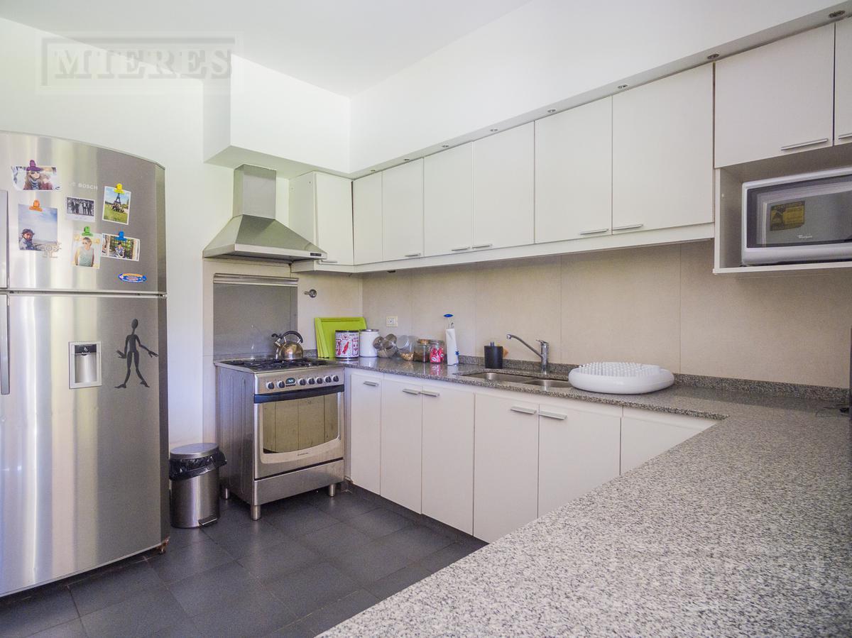 Muy linda casa en venta - Las Lomas-Horqueta