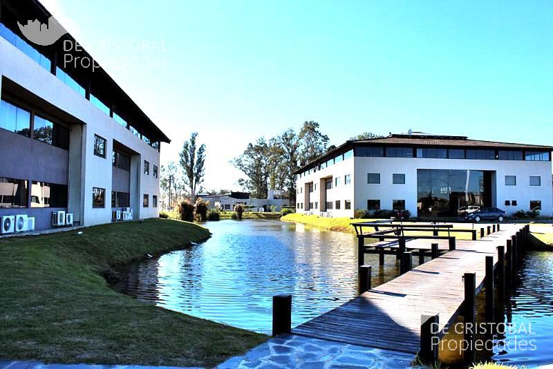 Foto Oficina en Alquiler en  Riviera Park,  Countries/B.Cerrado  Riviera Park