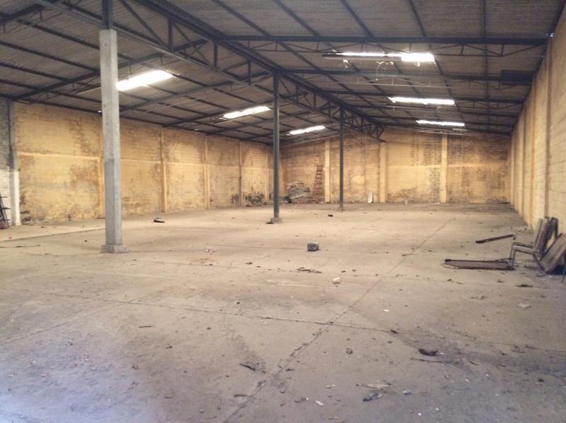 Foto Bodega Industrial en Venta en  Camino Real,  Boca del Río  Bodega en venta de 1000 m2 atrás de Ejercito mexicano