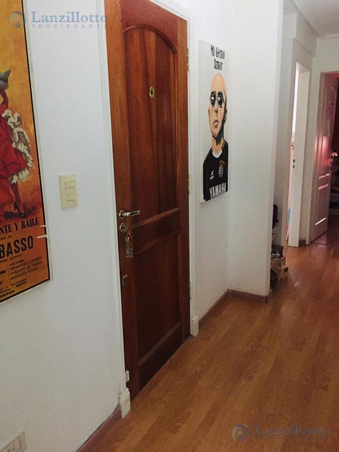 Foto Departamento en Venta en  Lanús Este,  Lanús  Basavilbaso al 2160 *OPORTUNIDAD*