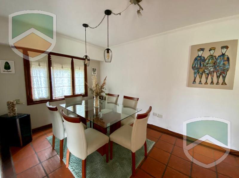 Foto Casa en Venta en  Fisherton,  Rosario  Acevedo 660 bis
