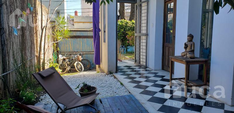 Foto Casa en Venta en  Saavedra ,  Capital Federal  Encantadora casa de tres dormitorios con mucha luz y diseño| Roque Perez al 4500