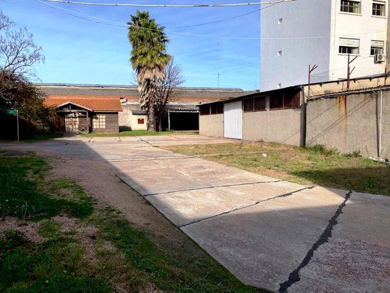 Foto Terreno en Venta en  La Comercial ,  Montevideo  MARTINEZ, DR. MARTIN C. 2800