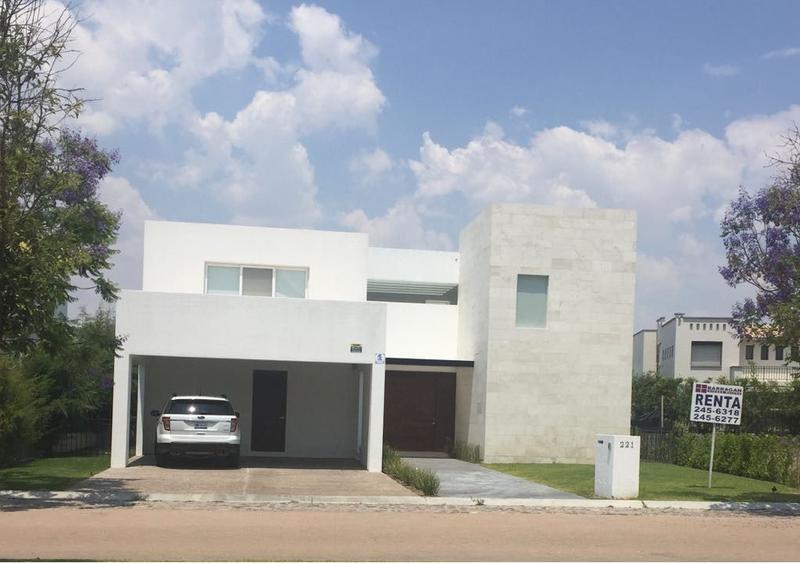 Foto Casa en Renta en  Fraccionamiento El Campanario,  Querétaro  Casa en Renta El Campanario, Querétaro