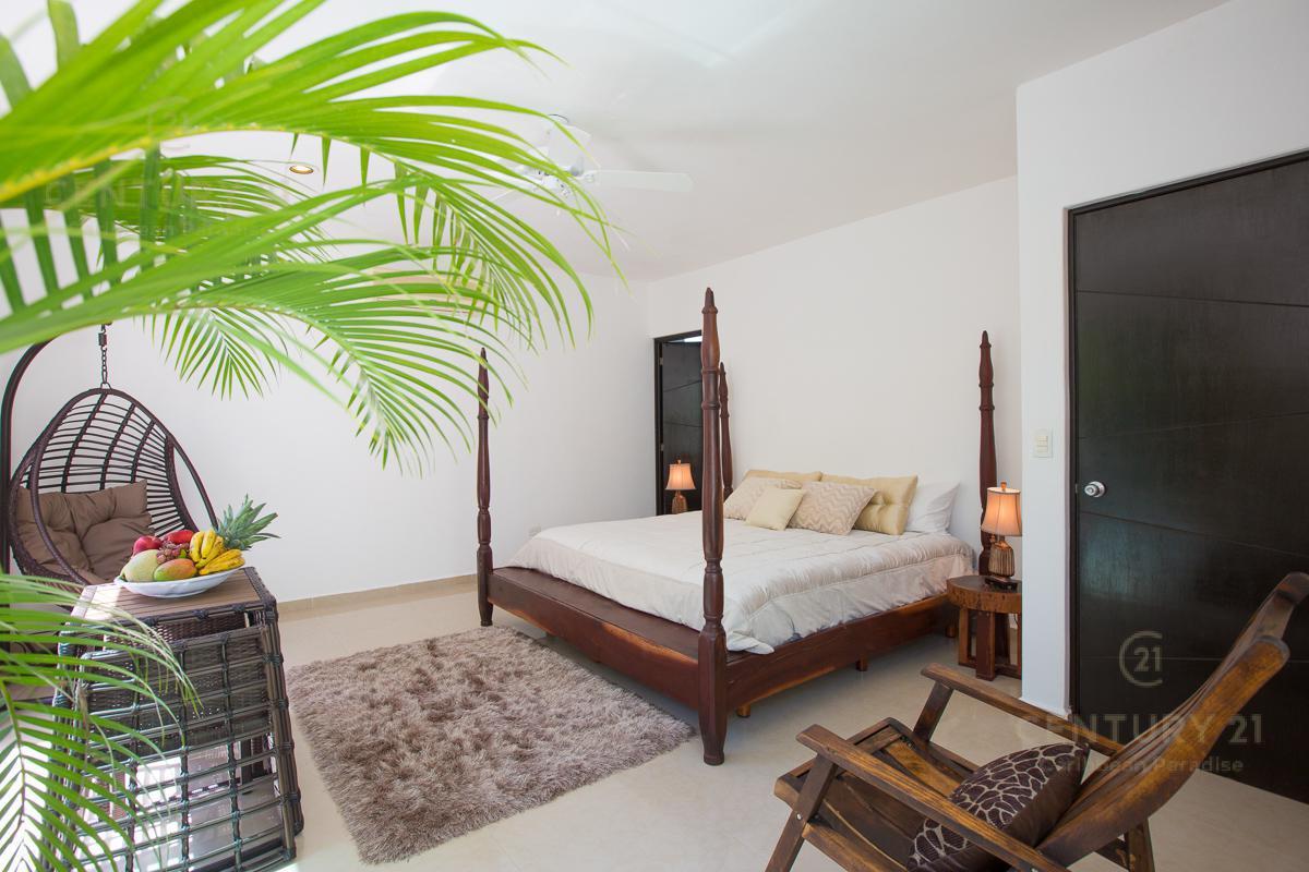 Playa del Carmen House for Sale scene image 11