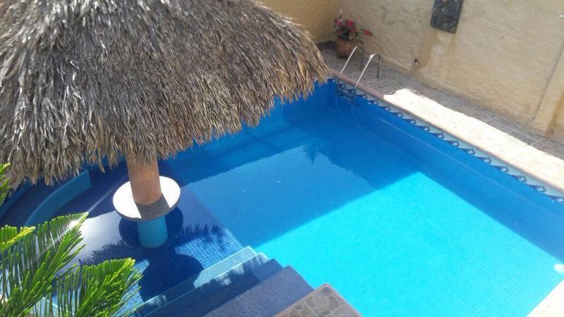 Foto Casa en Renta temporal |  en  Acapulco de Juárez ,  Guerrero  Casa Amarilla en Diamante