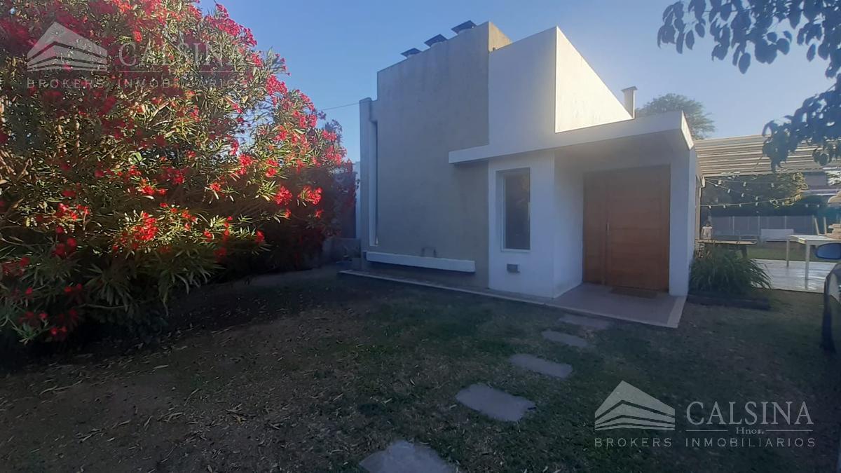 Foto Casa en Venta en  Villa Allende Golf,  Villa Allende  Valencia al 200