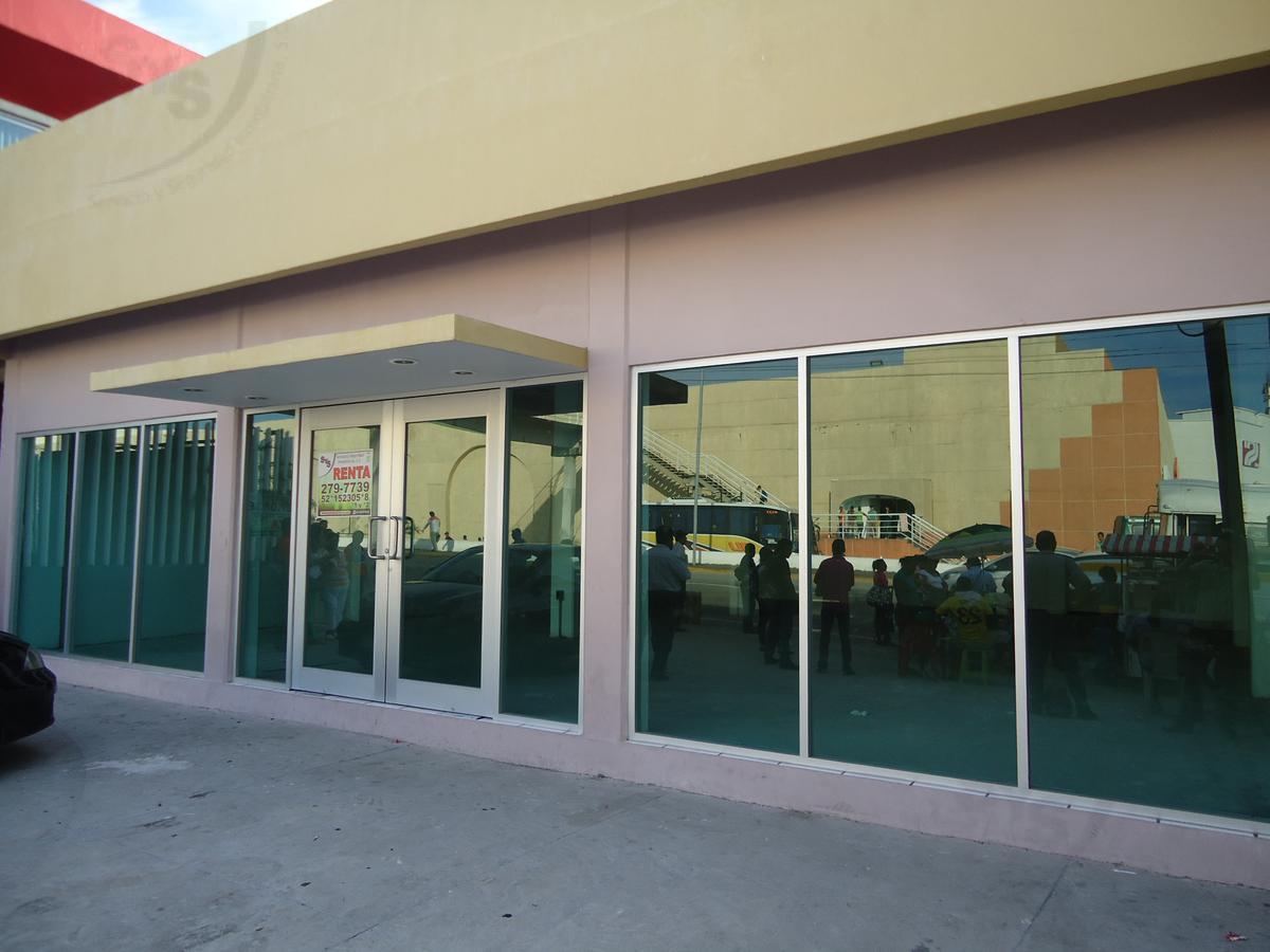 Foto Local en Renta en  Benito Juárez,  Boca del Río  Local comercia de 161m2l en renta sobre avenida comercial. BOCA DEL RÍO, VERACRUZ.