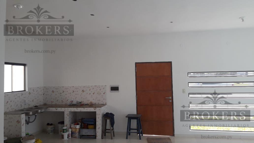 Foto Casa en Venta en  Pitiantuta,  Zona Sur  Vendo Casa A Estrenar En Esquina En Fernando De la Mora Zona Sur