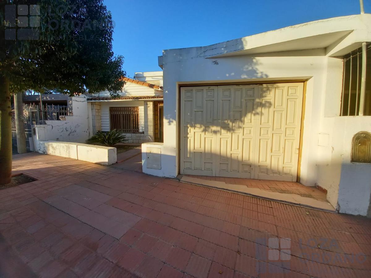 Foto Casa en Venta en  Pque.Montecristo,  Cordoba Capital  oscariz  y beaumont 1782