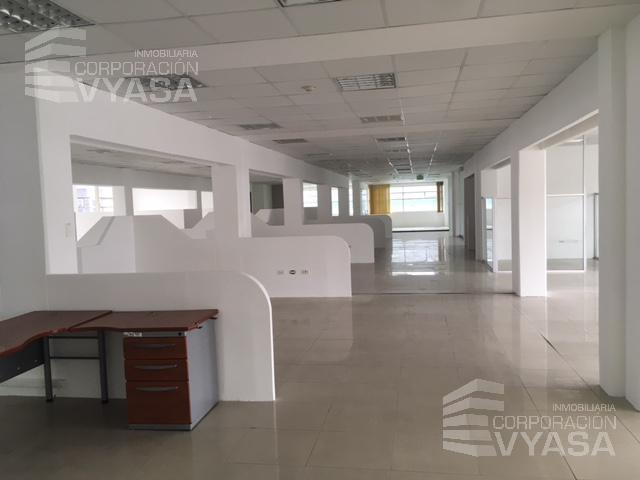 Foto Oficina en Alquiler en  Norte de Quito,  Quito  Av. Granados - Cerca a la UDLA, oficina de 3.000 m2 en arriendo