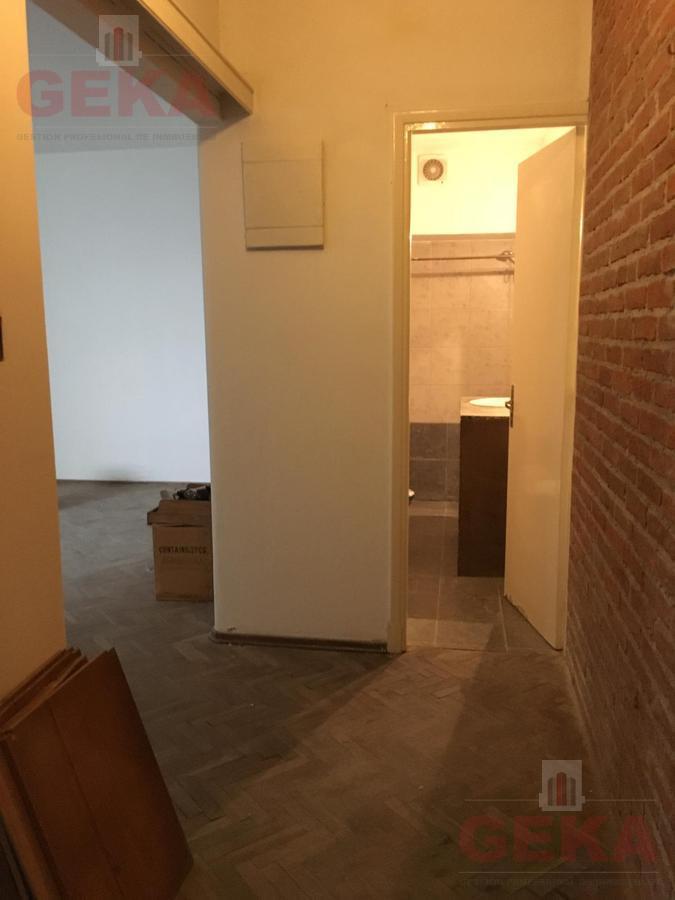 Foto Apartamento en Alquiler en  Aguada ,  Montevideo  Yi al 1800