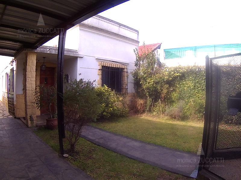 Foto Casa en Venta en  Banfield Este,  Banfield      Derqui 269