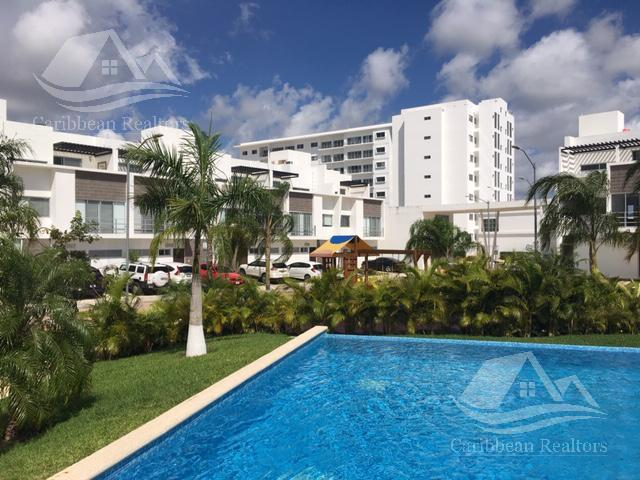 Foto Casa en Renta en  Cancún ,  Quintana Roo  Casa en Renta en Cancún / Av. Huayacán/ Chelsea